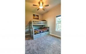 Picture of lake house rental bedroom with bunk beds